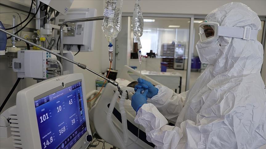 تركيا تسجل 347 وفاة جديدة بكورونا.. ماذا عن الإصابات؟