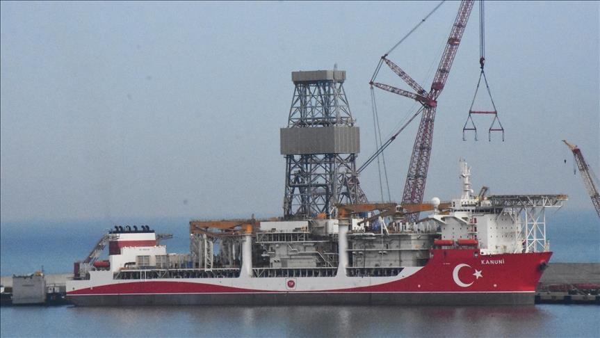 """تركيا.. سفينة """"القانوني"""" تباشر مهمة التنقيب الأولى بالبحر الأسود"""