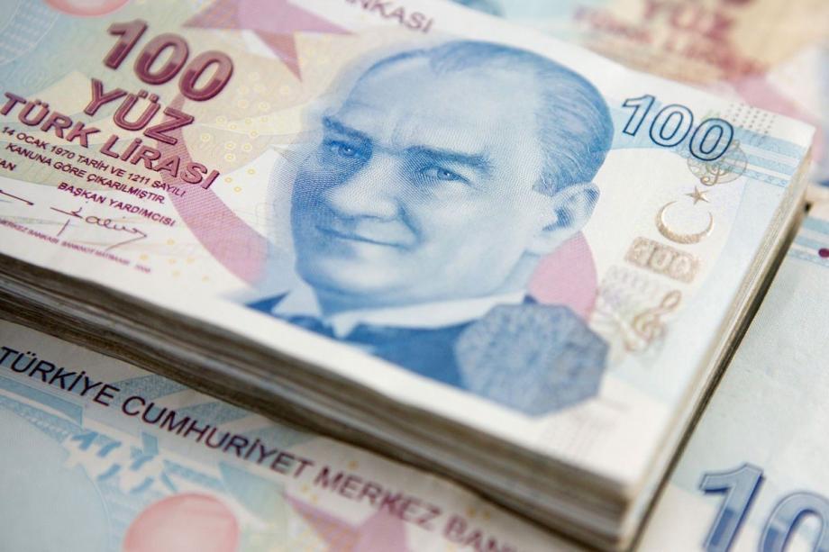 سعر صرف الليرة التركية مقابل الدولار واليورو في تعاملات اليوم السبت 3 / 7 / 2021
