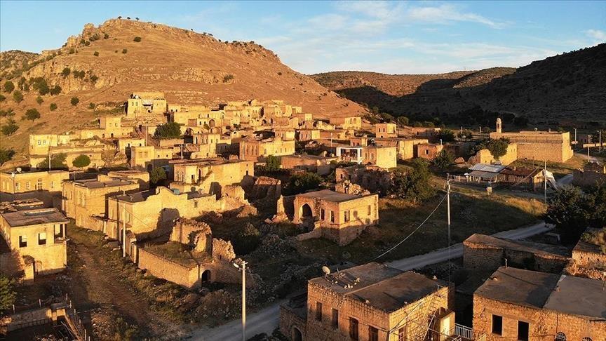 """""""دره ايجي"""" التركية.. تعدد الثقافات والأديان والإمكانات السياحية (صور)"""