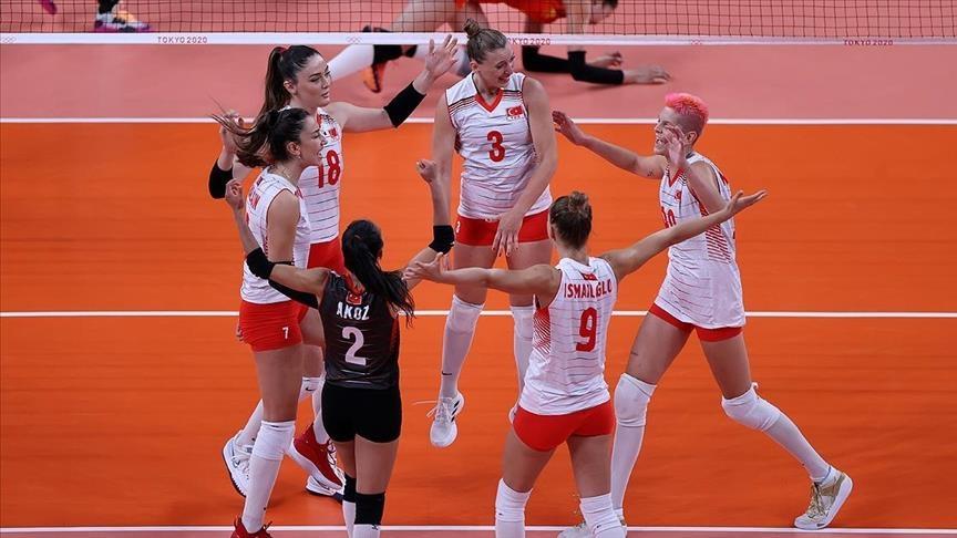 أردوغان يهنئ سيدات تركيا بفوزهن على الصين بكرة الطائرة بأولمبياد طوكيو