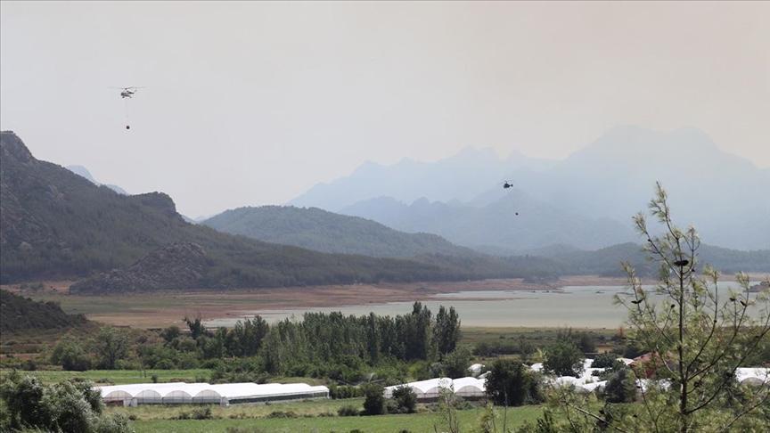 الطائرات المسيرة التركية ودورها الفعال في إخماد الحرائق