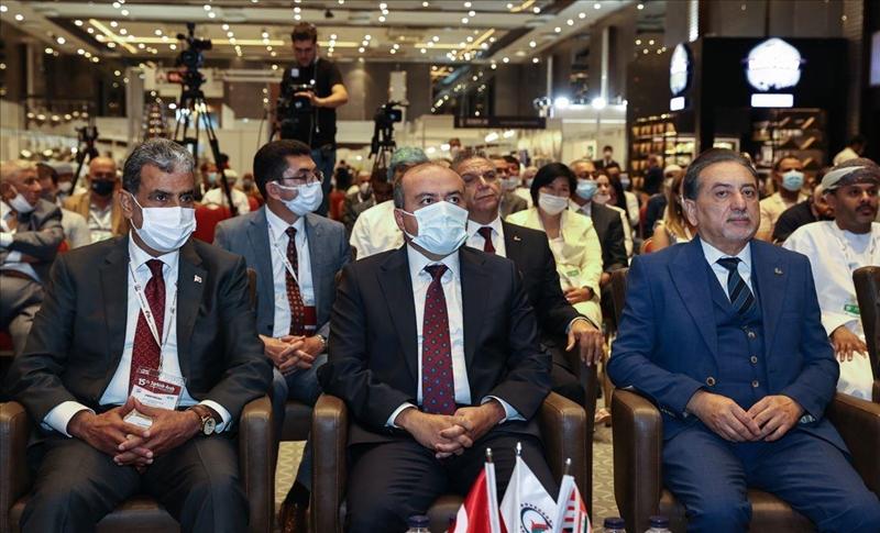 """""""أكثر من ألف رجل أعمال عربي"""" يشاركون بمعرض الغذاء والزراعة التركي- العربي بإسطنبول"""