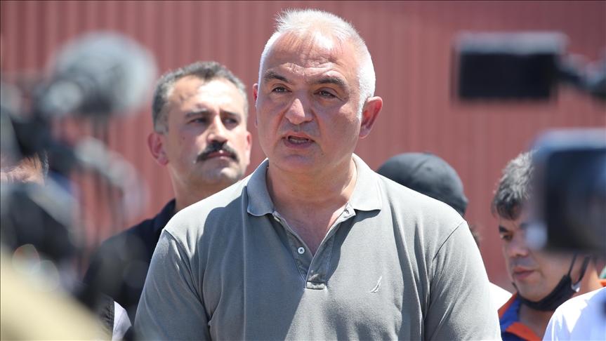 تركيا.. وزير الزراعة يعلن السيطرة على 125 حريقا في عموم البلاد، ماذا تبقى؟