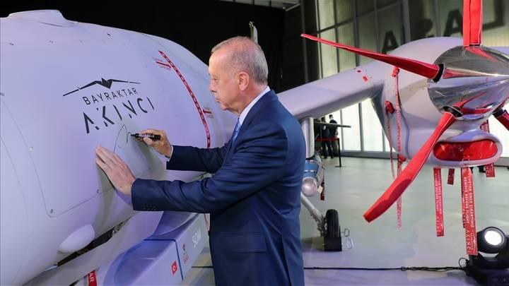 """عسكرية بيرقدار ودبلوماسية """"+5""""..كيف باتت تركيا رقماً صعباً بالنظام العالمي؟"""