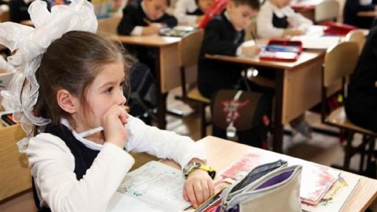 """وزير تركي يعلن أعداد الطلاب السوريين بالمدارس.. و""""الهجرة"""" تكشف رقماً صادماً حول المتسربين"""
