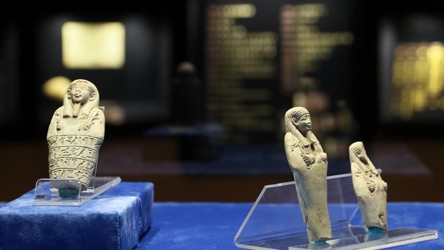 """""""سترى ما لم تره من قبل"""".. متحف إزمير يعرض تماثيل للمرة الأولى"""