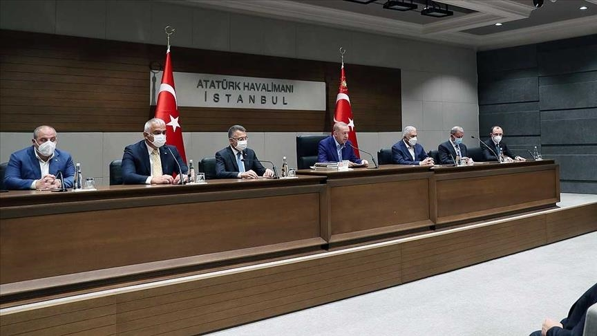 أردوغان يرد على ميتسوتاكيس: تركيا ليست خادمة لأحد