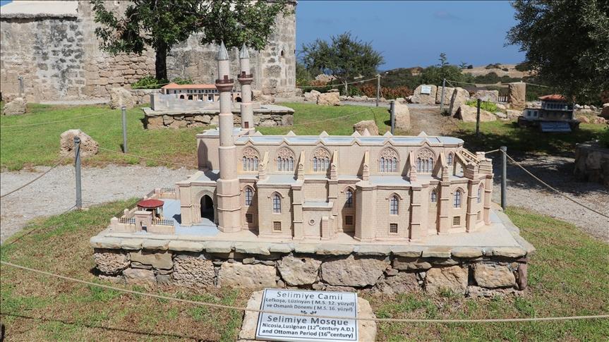 """متحف """"مينيا"""" يعرض مجسّمات المعالم التاريخية في قبرص التركية"""