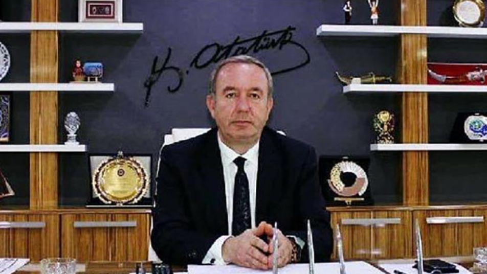 السلطات التركية تحاكم رئيس بلدية معارضاً مشهوراً بعدائه للاجئين السوريين وتلفيق الأكاذيب بحقهم